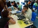 Stéphane un spécialiste en montres et en réparation d'ordinateurs Apple